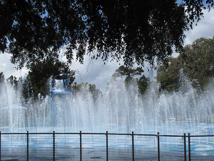Wetside Hervey Bay with all the fountains active